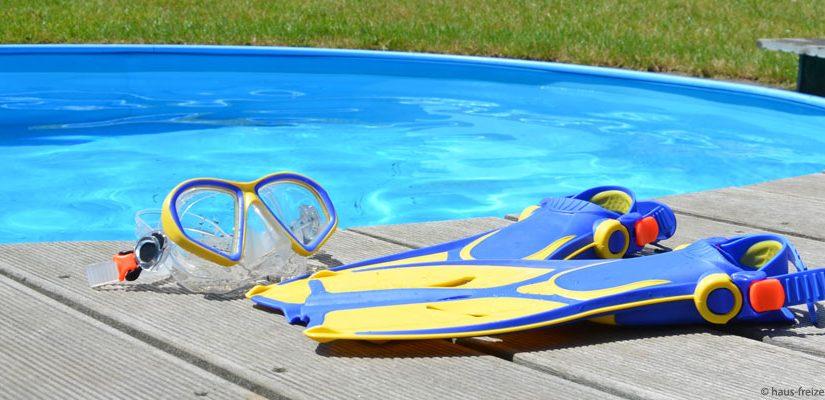Im Pool schwimmen und Entspannen